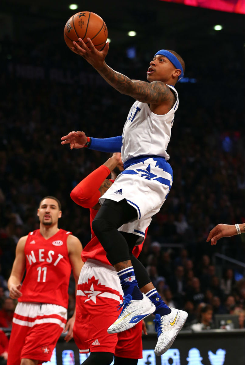 Isaiah Thomas Wearing the Nike HyperLive (1)