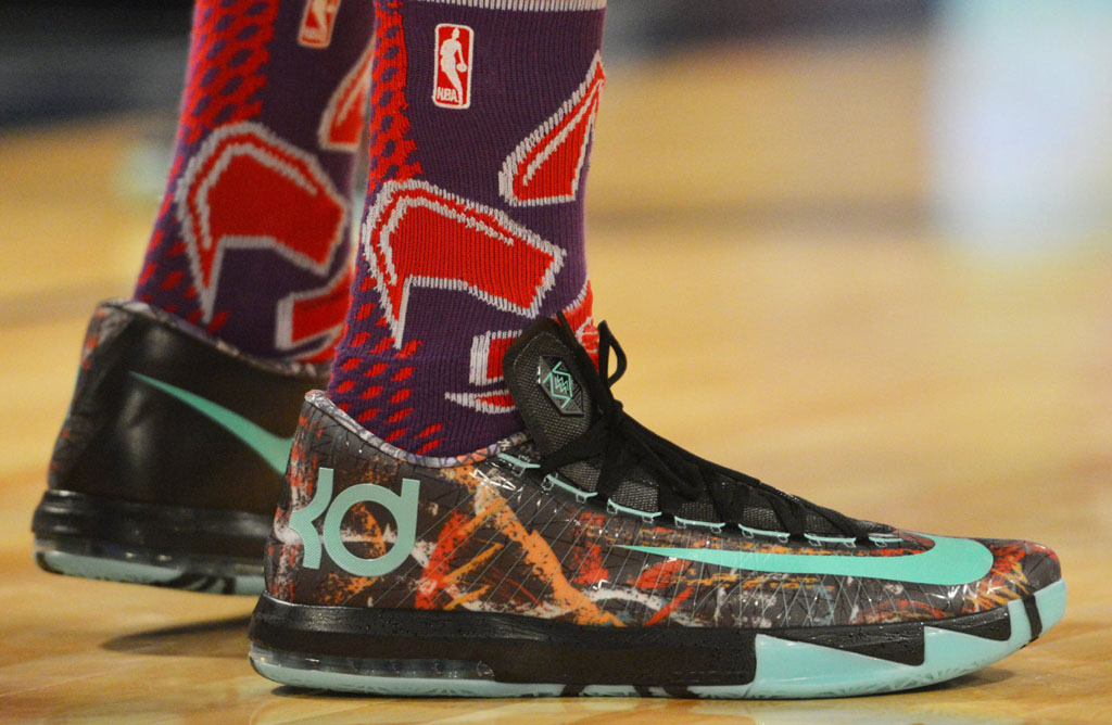 the best attitude dd244 4e01c Kevin Durant wearing Nike KD 6 All-Star