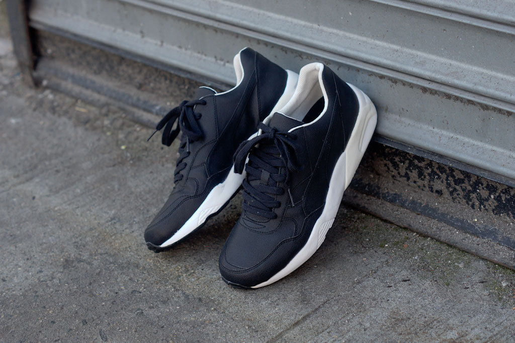 Puma by Hussein Chalayan HC90 Runner in black leather