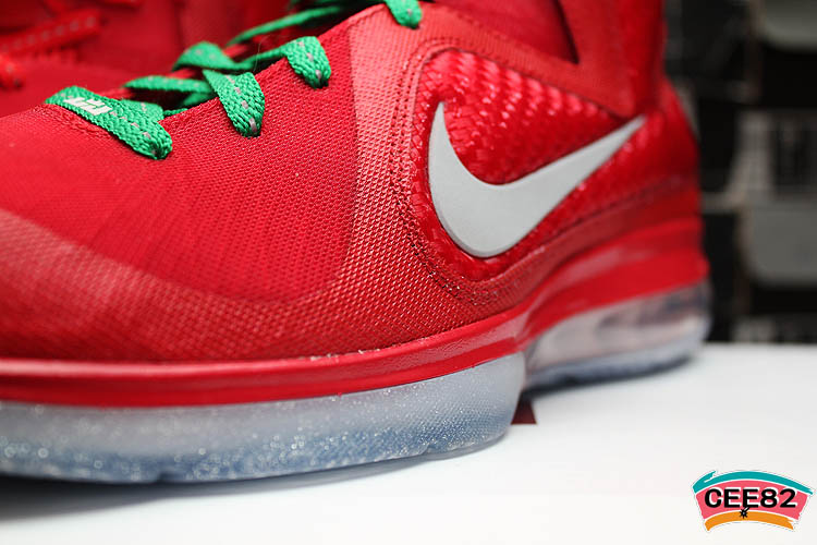 buy popular 54734 be160 Nike LeBron 9 Christmas 469764-602