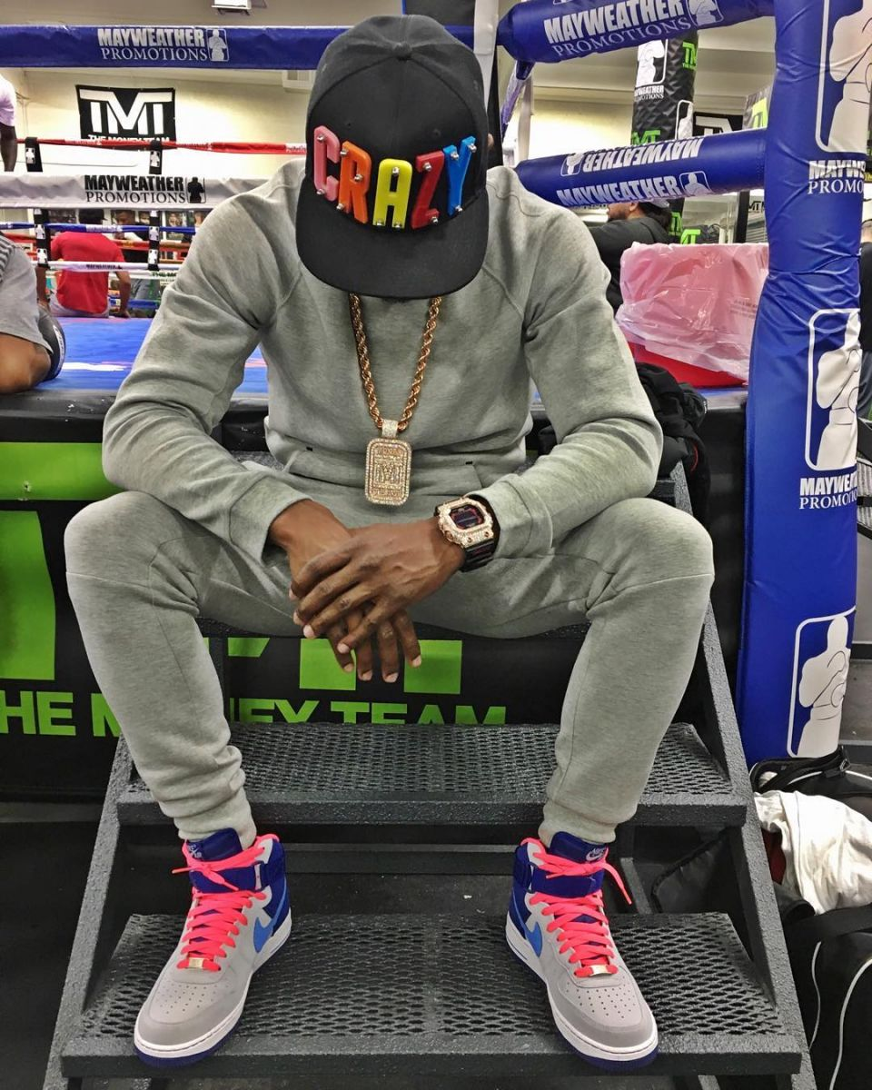 Floyd Mayweather Wearing the Wolf Grey/Deep Royal-Pink Nike Air Force 1 High