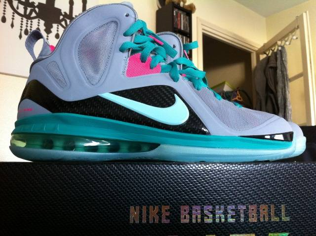 Nike LeBron 9 South Beach Wolf Grey McFly 516958-001 (1)