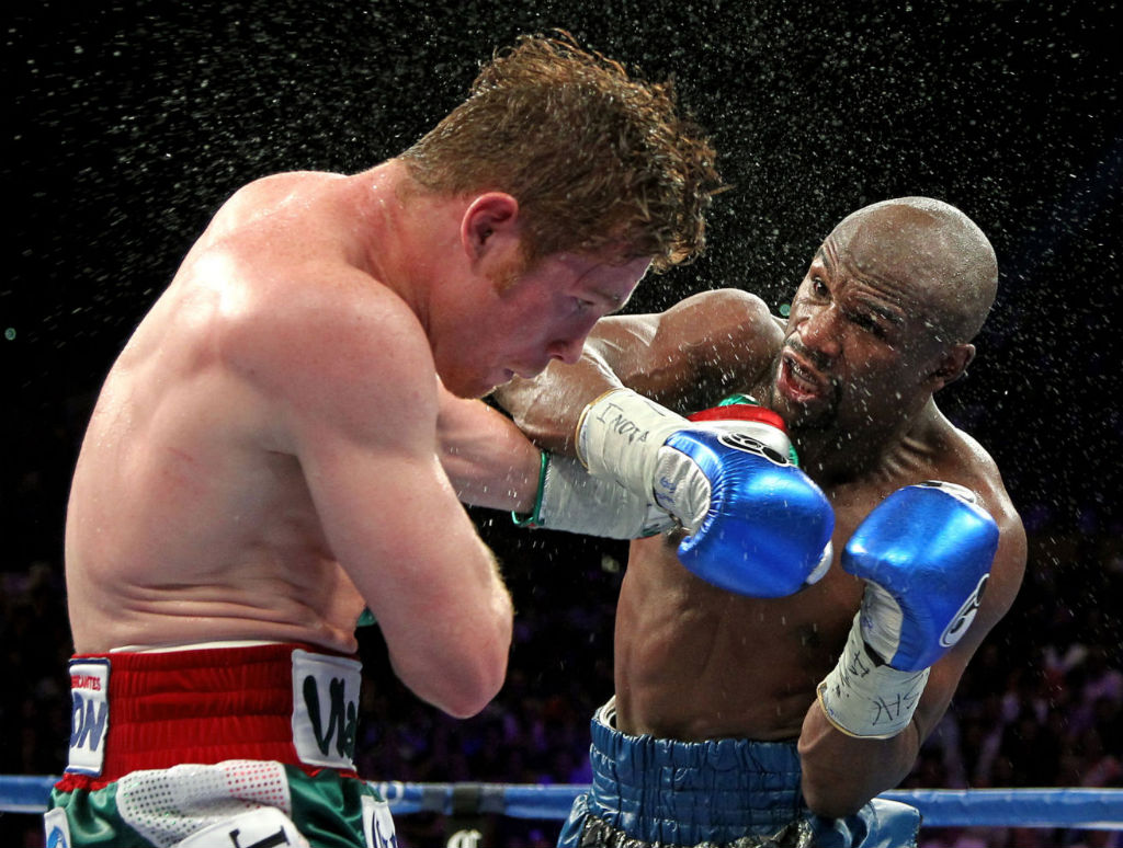 Floyd Mayweather Moves To 45-0 With Decision Over Canelo Alvarez (2)