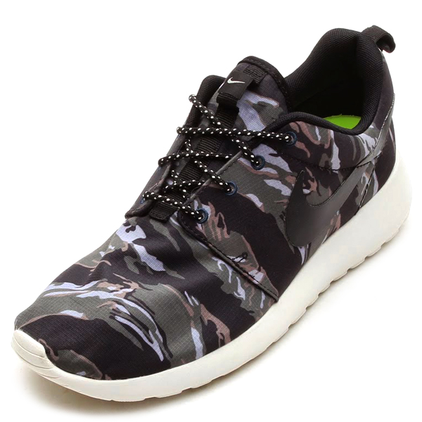 Roshe Run Black Sail Camo Nike roshe run camo - black / sail / mercury