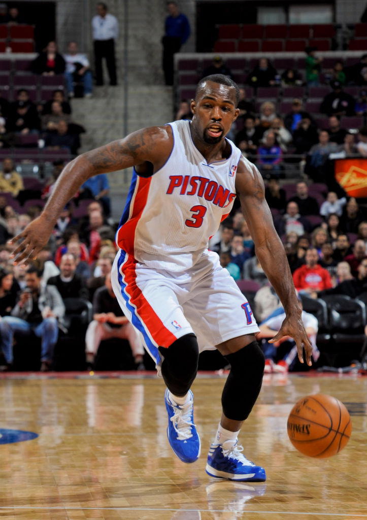 Rodney Stuckey wearing adidas Crazy Shadow