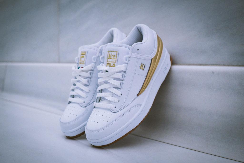 b1952cdba9 fila sock shoes gold