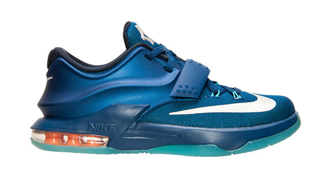 2a437681eb1de2 Images via Finishline. by Brendan Dunne. The Nike KD 7 Elite doesn t come  ...