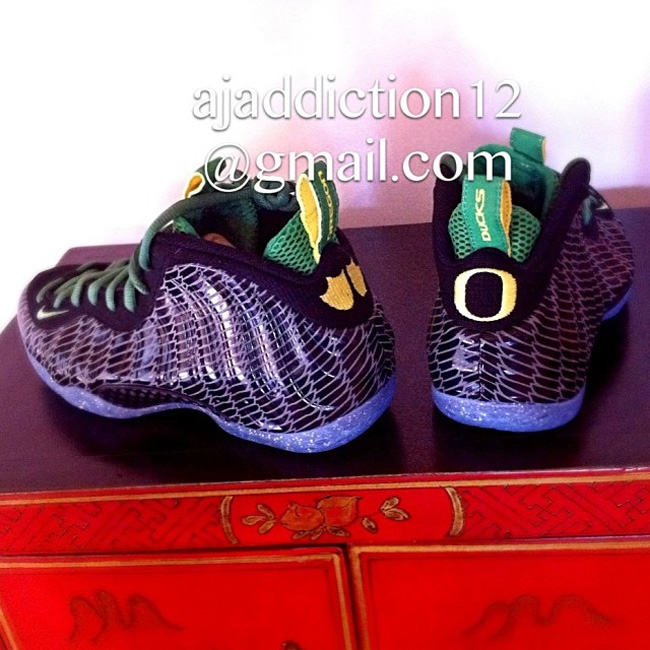 Previewed below, what are your thoughts on the Oregon Ducks Air Foamposite  One? Hit the comments to share your thoughts, and be sure to stick with  Sole ...