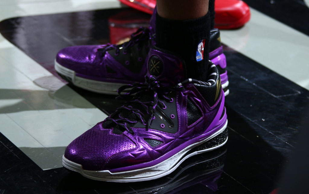 Li-Ning Way of Wade 2 Encore Purple (1)