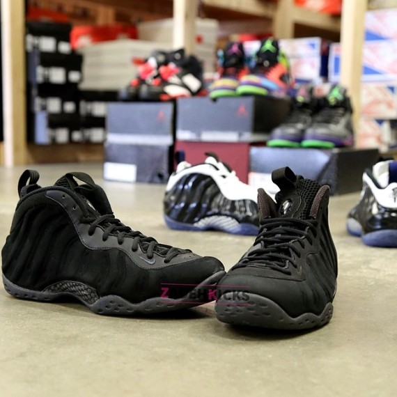 Nike Foamposite Black Suede