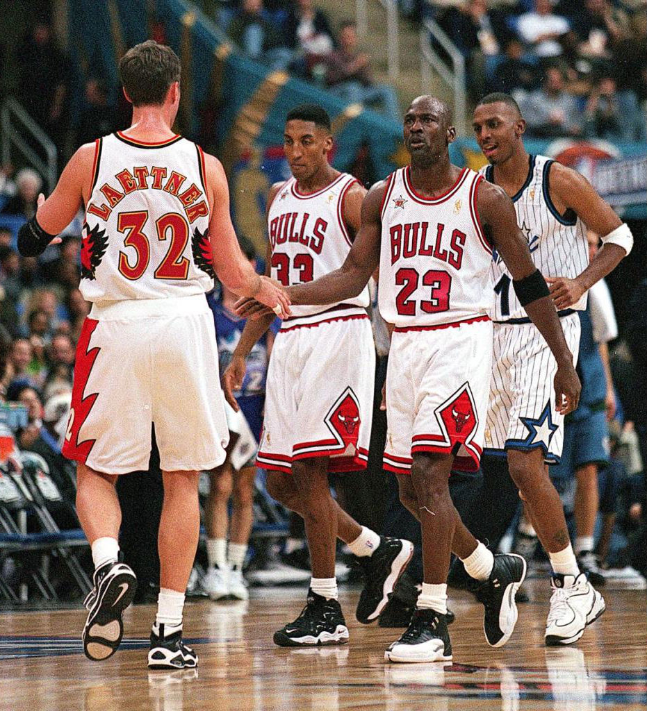 #2350 // 50 Classic Michael Jordan All-Star Game Photos (19)