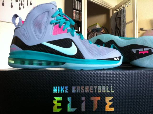 Nike LeBron 9 South Beach Wolf Grey McFly 516958-001 (3)