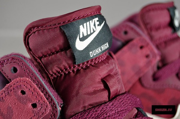 Nike WMNS Dunk High - Bordeaux Sail-Seaweed  7c6ca6f4b0