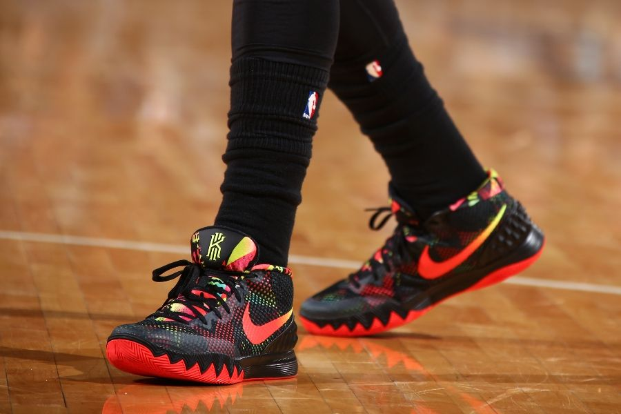 7a5b8670ac32 SoleWatch  Kyrie Irving Debuts Nike Kyrie 1 Signature Shoe