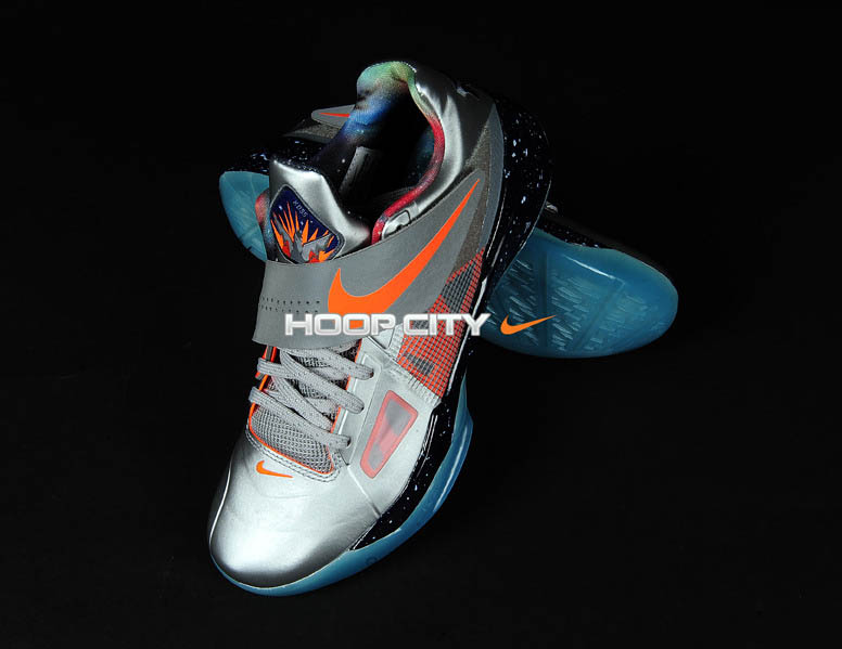 the latest 03034 2992d Nike Zoom KD IV All-Star Galaxy Release Date 520814-001 (4)