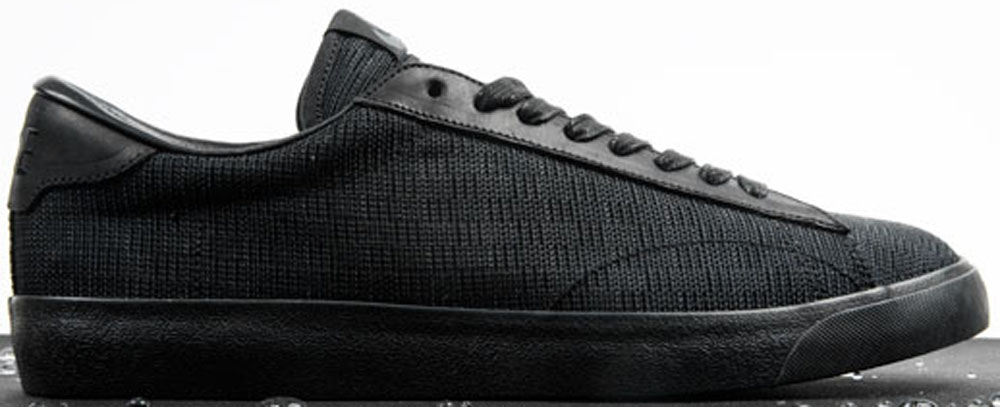 Nike Tennis Classic AC Black/Black