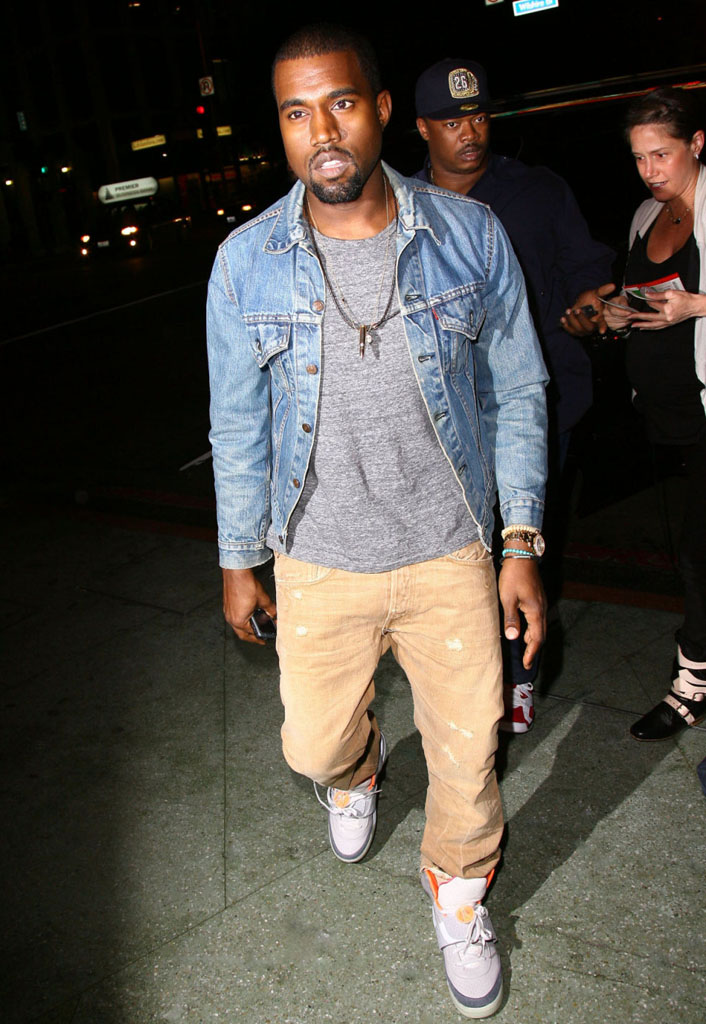 Kanye West wearing Nike Air Yeezy Zen Grey