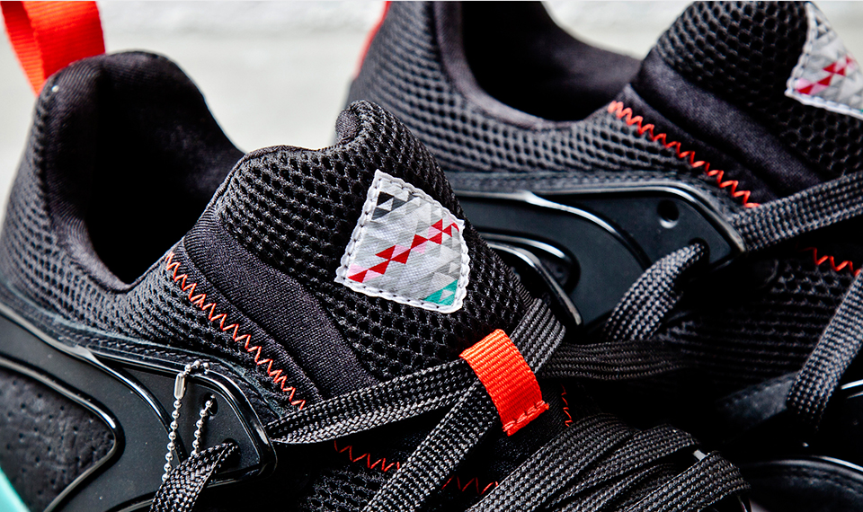 Sneaker Freaker x PUMA Blaze of Glory Shark Attack II Black Beast tongue