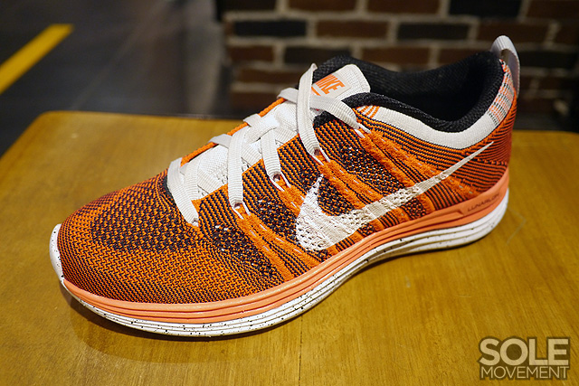 Nike WMNS Flyknit Lunar1+ - Orange White-Black  e606bf70c