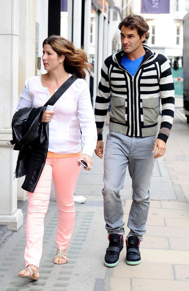 Roger Federer Wears the Nike Air Yeezy 2 (2)