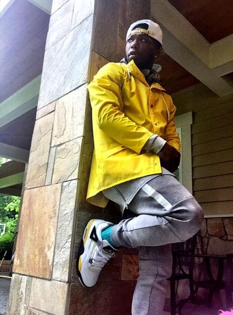 f785e44b81b3 Nate Robinson wearing the  Tour Yellow  Air Jordan IV 4
