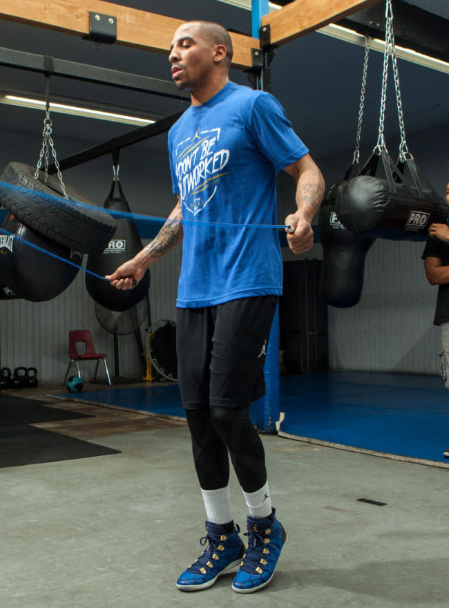 Andre Ward wearing Air Jordan 28 SE Boxing Boot (4)