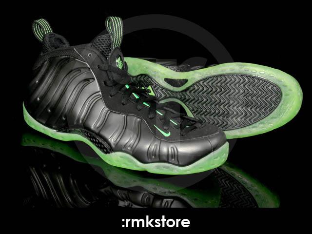 best service 3857b 077b3 Nike Air Foamposite One Black Electric Green 314996-030