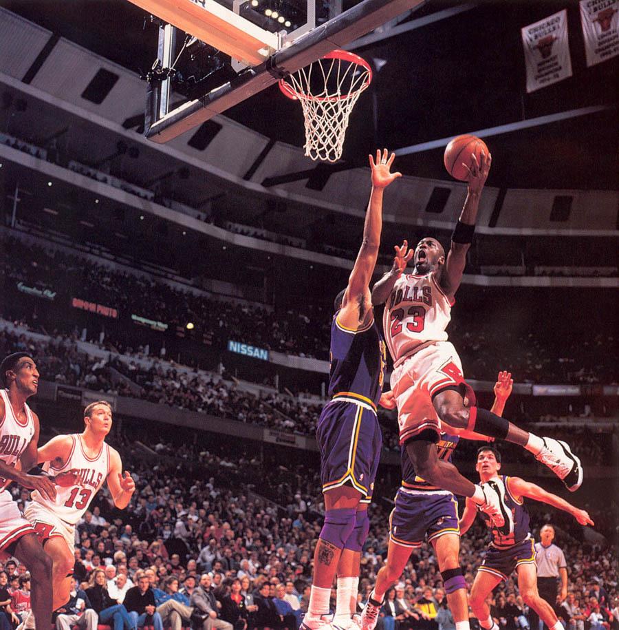 "Michael Jordan Wearing the ""Concord"" XI: A Photo ..."
