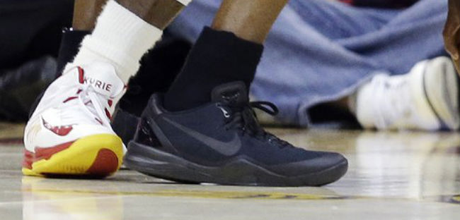 58b4e56e341 Kobe Bryant Debuts Nike Kobe 8 System