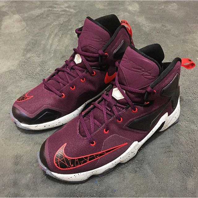 Nike LeBron 13 Berry Release Date (1)