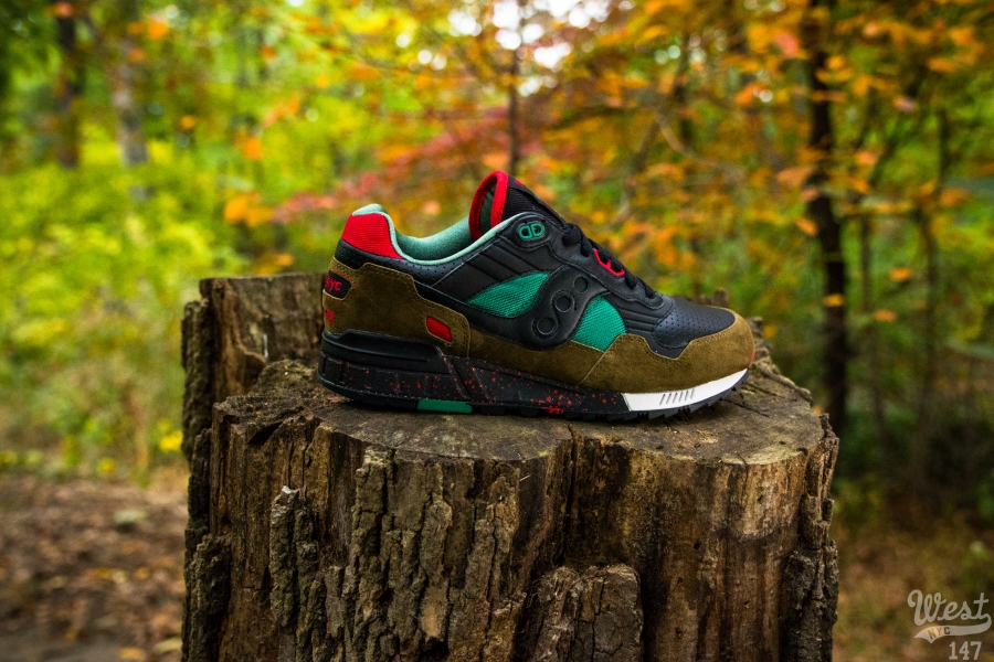 West NYC x Saucony Shadow 5000 Cabin Fever profile