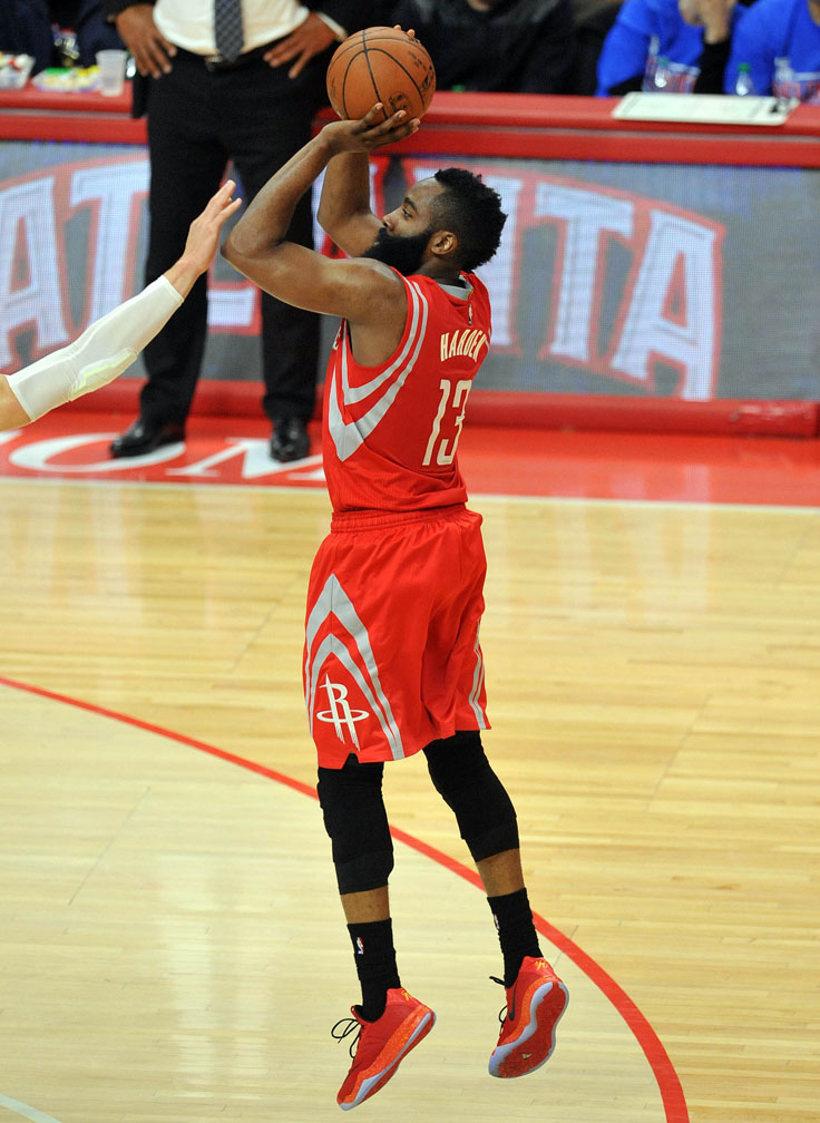 9b359e7d227 James Harden wearing the Nike Zoom Run the One in Red Black