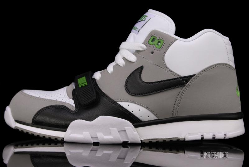 save off 9ba9e 837a9 The classic Nike Air Trainer 1 is now available in its original