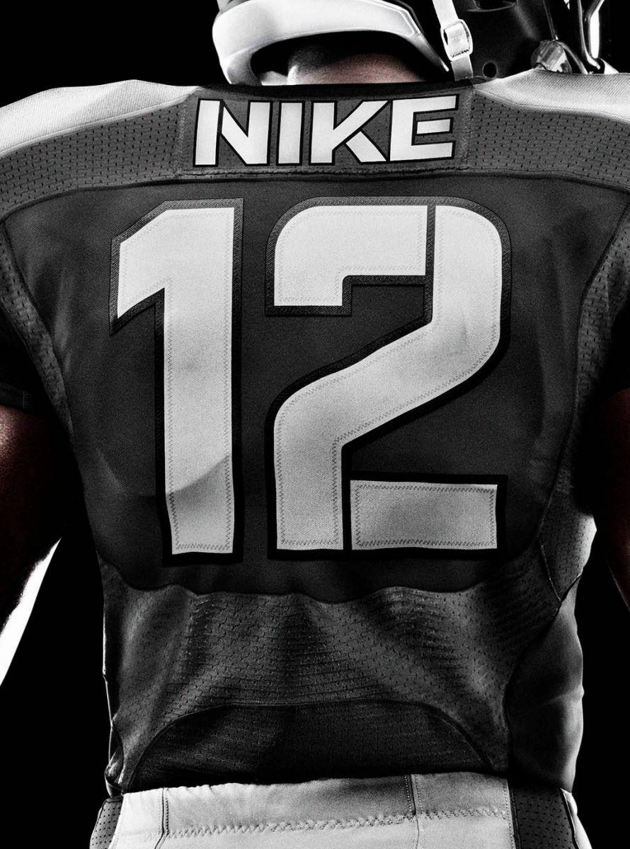 df3d7d74c723 The Nike Elite 51 NFL Football Uniform (5)