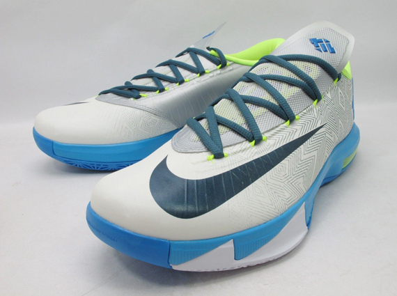 newest e4c69 db673 New Images Of The Pure Platinum Nike KD VI
