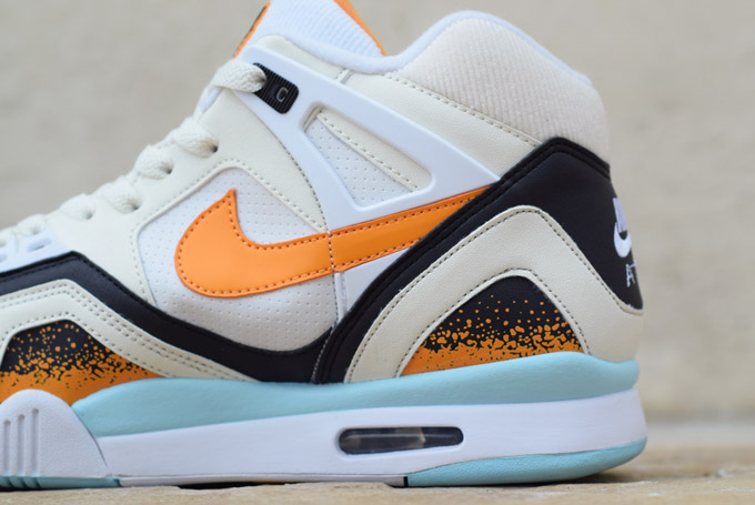 Nike Air Tech Challenge II Kumquat Heel Detail