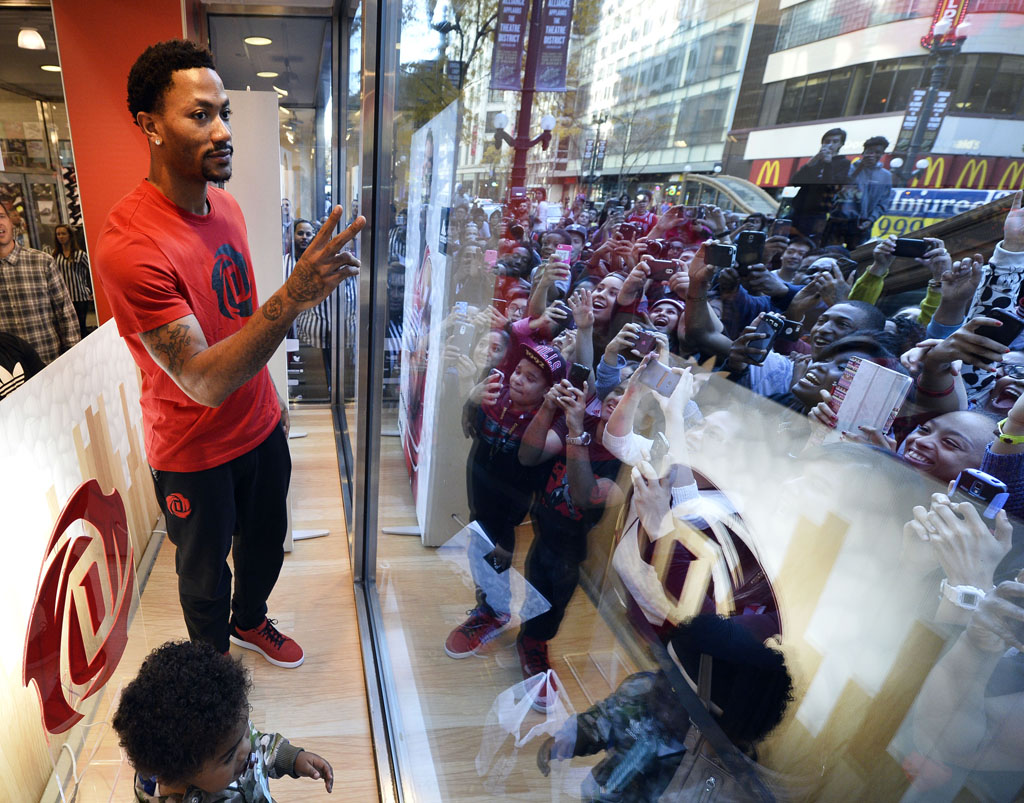 Derrick Rose and adidas Basketball Launch the D Rose 5 Boost in Chicago (8)