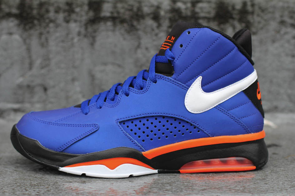 Nike Air Maestro Flight Knicks