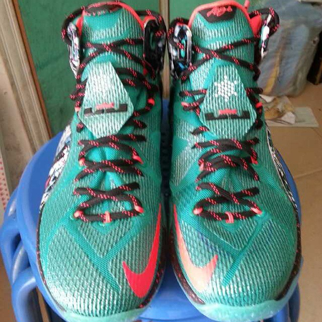 Nike LeBron 12 'Christmas' Unwrapped | Sole Collector
