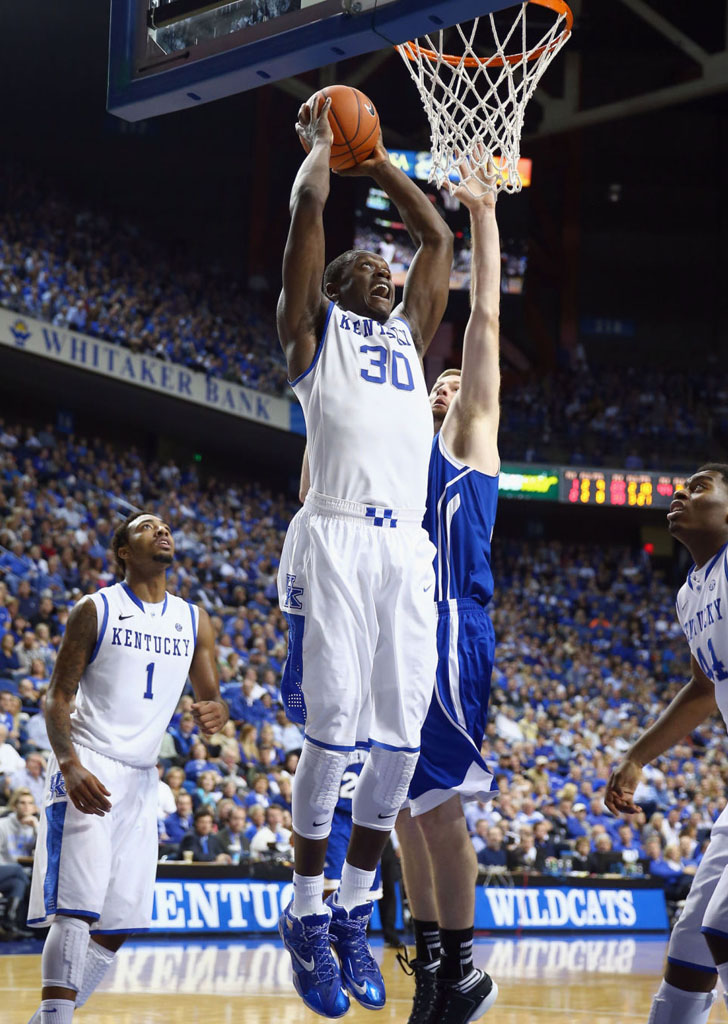 Julius Randle Makes Kentucky Debut in Nike LeBron 11 PE (3)