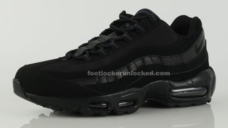 Nike Air Max 95 'Triple Black' | Sole
