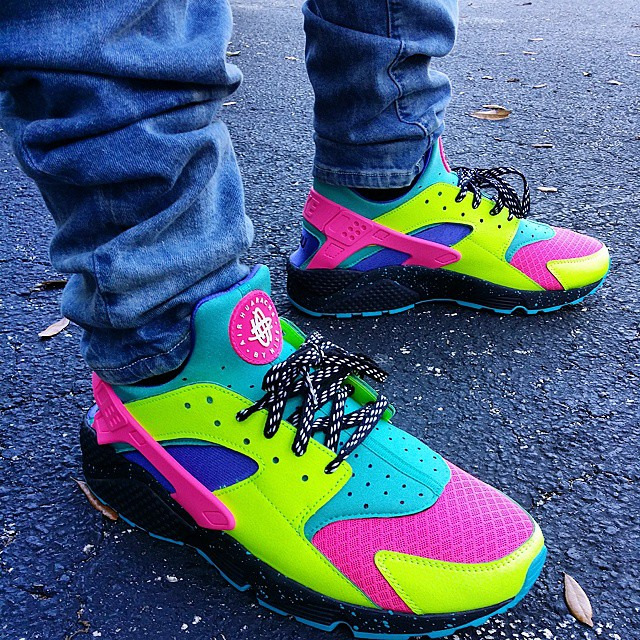 Best NIKEiD Air Huarache Run Designs on Instagram (42)