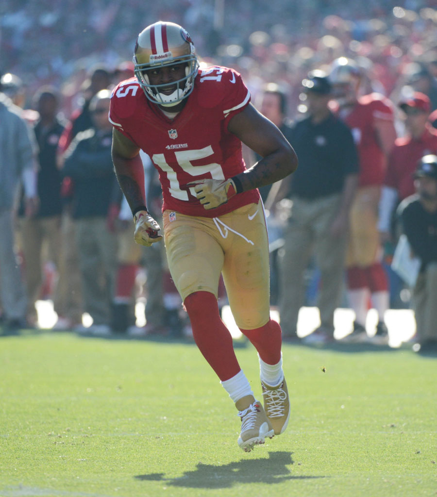 Michael Crabtree wearing Air Jordan 12 49ers Gold PE Cleats (4)