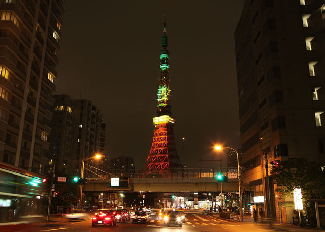 Tokyo Tower with NikeFuel lighting