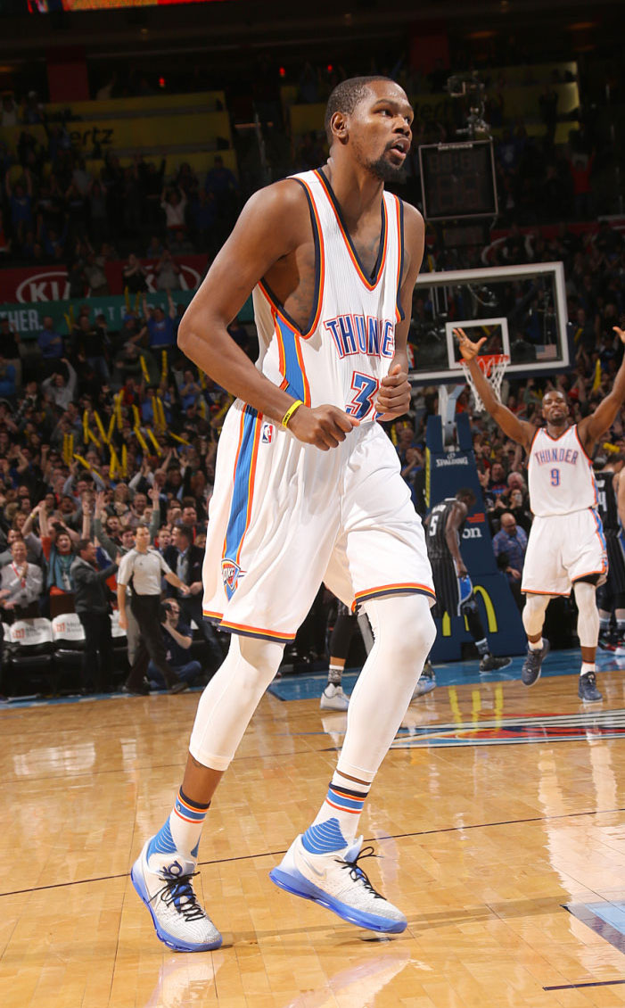 #SoleWatch: Kevin Durant Hits a Game-Winner in the Nike KD ...
