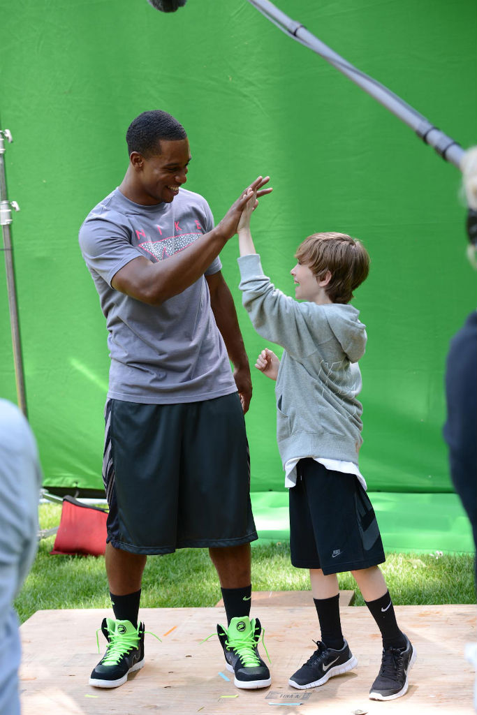 Kids Foot Locker - Buddy Montage Featuring Victor Cruz Video