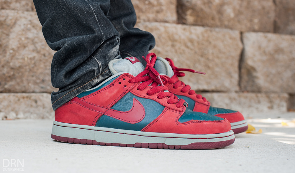 Nike SB Dunk Low 'Shark