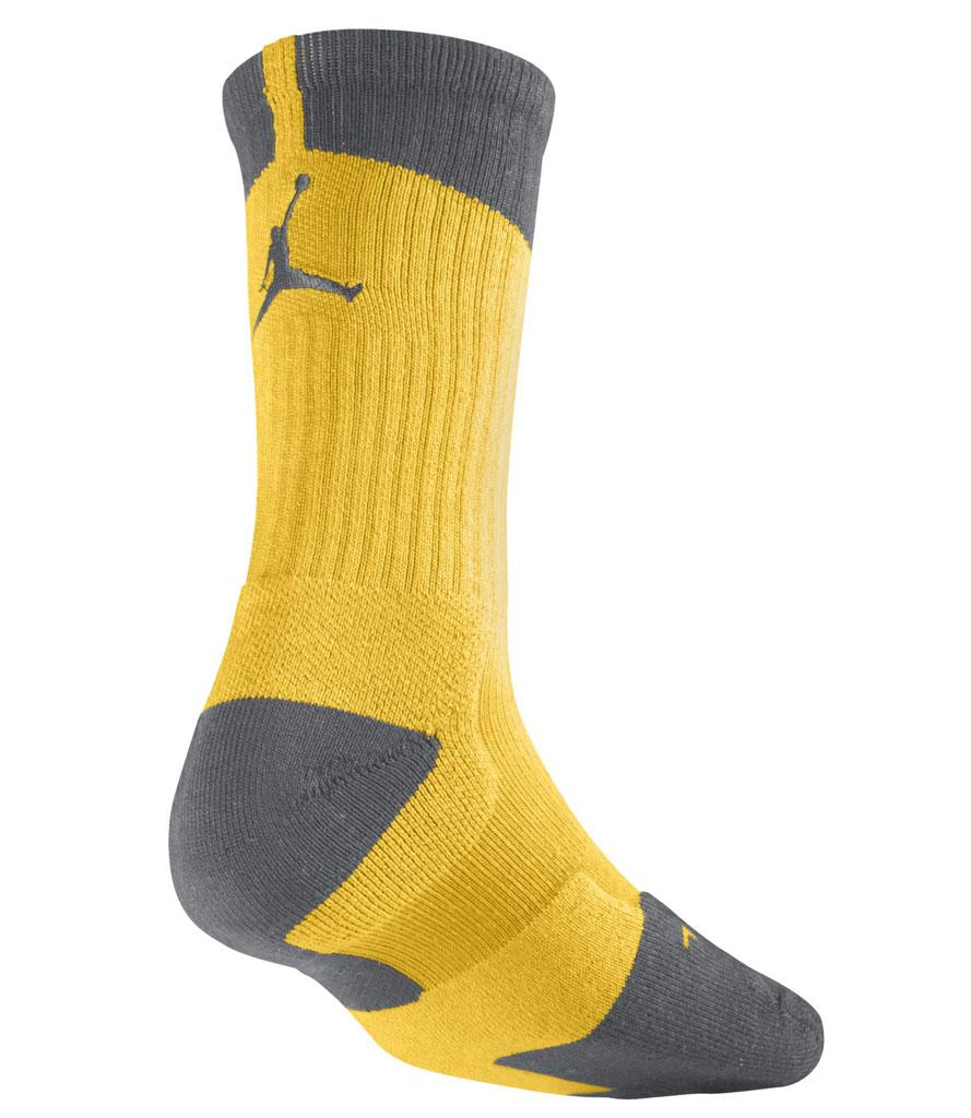 Air Jordan Black And Gold Socks