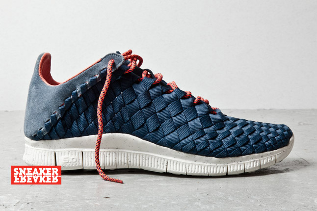 c13e0bbdef7c4 Take a closer look at the Nike Free Inneva Woven in Slate   Navy below