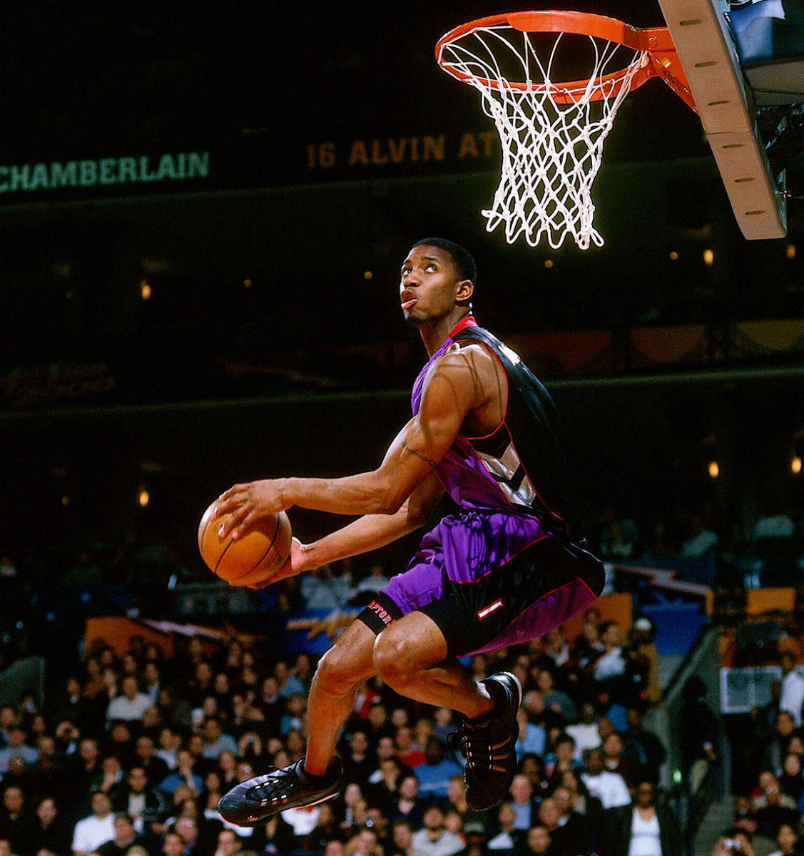 Tracy McGrady Wears the adidas Lithicon in the 2000 Dunk Contest